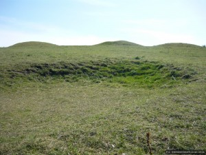 Bronze Age round barrows on the skyline