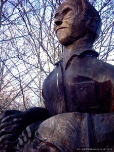 A closer look at Morton's statue
